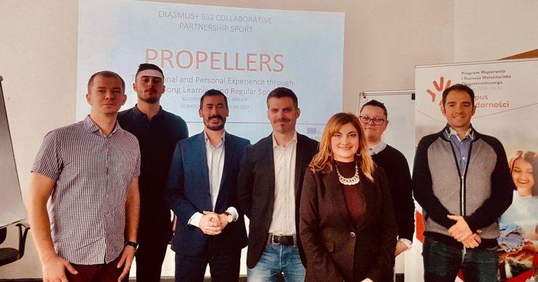 "Collaborative Sport Big ""PROPELLERS"""